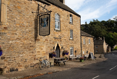 . Lord Crewe Arms
