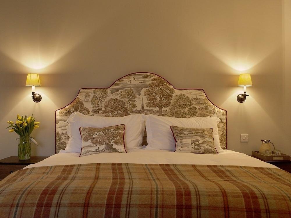 로어드 크루 암스(Lord Crewe Arms) Hotel Image 2 - Guestroom