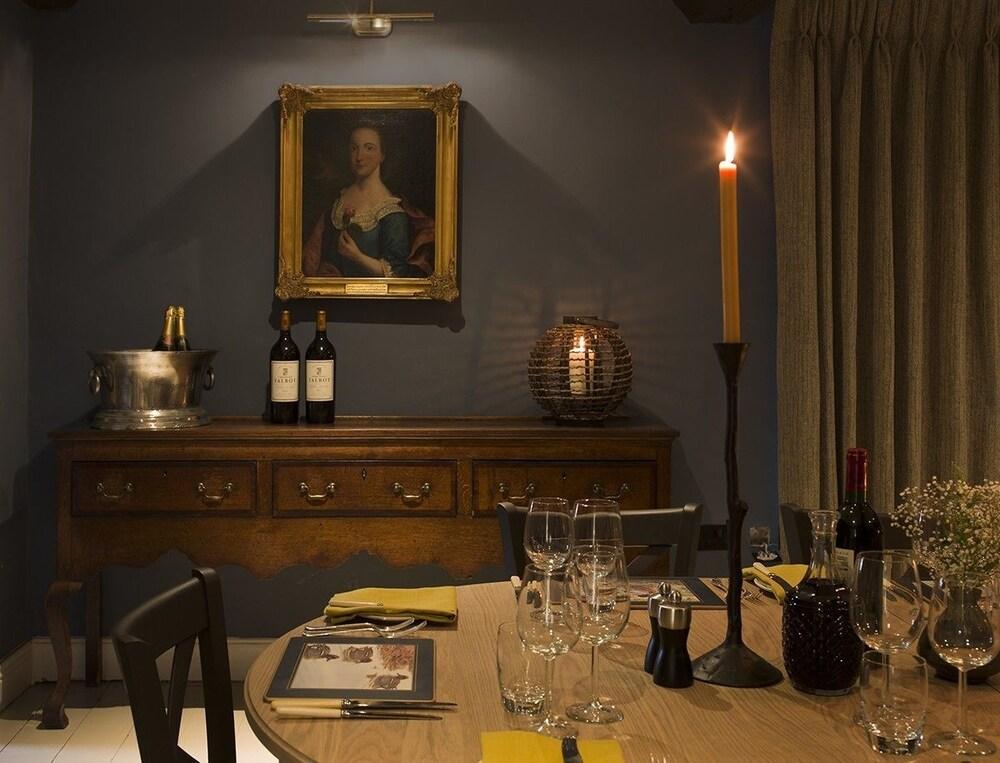 로어드 크루 암스(Lord Crewe Arms) Hotel Image 22 - Dining