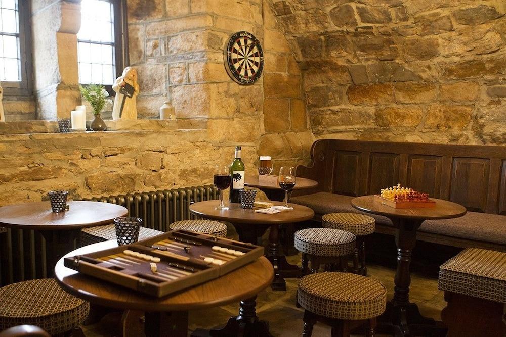 로어드 크루 암스(Lord Crewe Arms) Hotel Image 28 - Hotel Bar