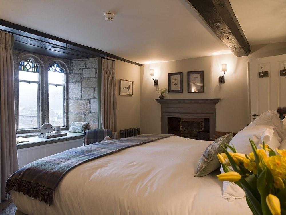 로어드 크루 암스(Lord Crewe Arms) Hotel Image 4 - Guestroom