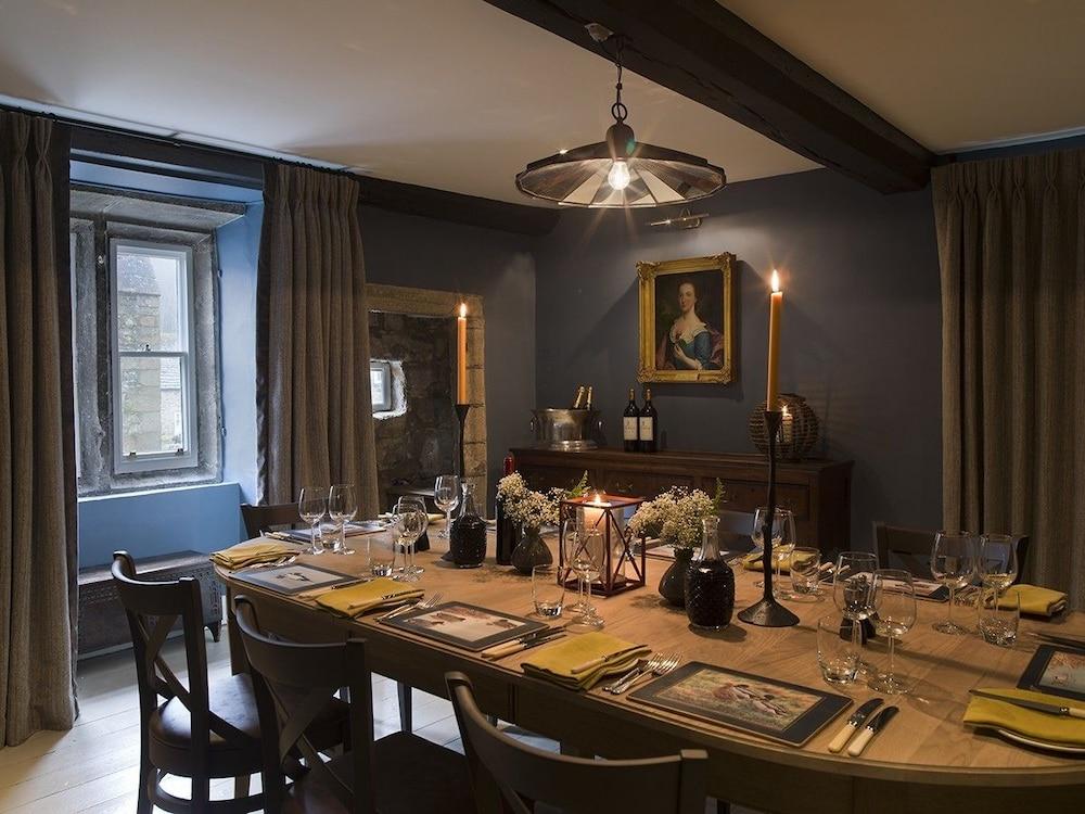 로어드 크루 암스(Lord Crewe Arms) Hotel Image 21 - Dining