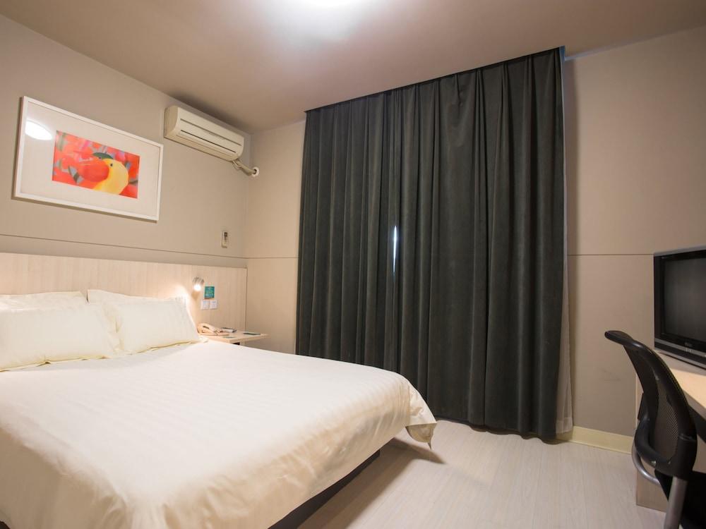 진쟝 인 주하이 지다 지우조우 애비뉴(Jinjiang Inn Zhuhai Jida Jiuzhou Avenue) Hotel Image 13 - Guestroom