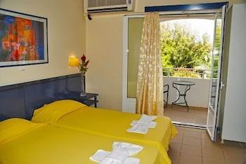 잔테 임페리얼 비치 호텔(Zante Imperial Beach Hotel) Hotel Image 9 - Guestroom