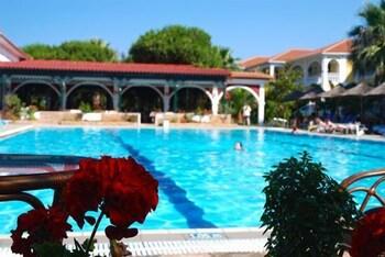 잔테 임페리얼 비치 호텔(Zante Imperial Beach Hotel) Hotel Image 28 - Outdoor Pool