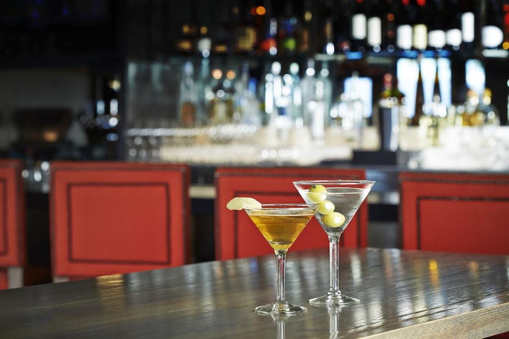 서니사이드 레스토랑 & 로지(Sunnyside Restaurant & Lodge) Hotel Image 20 - Hotel Bar