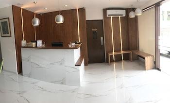 Cebu R Hotel Reception