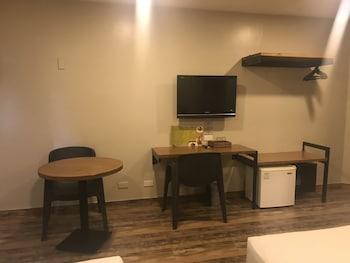 Cebu R Hotel Guestroom