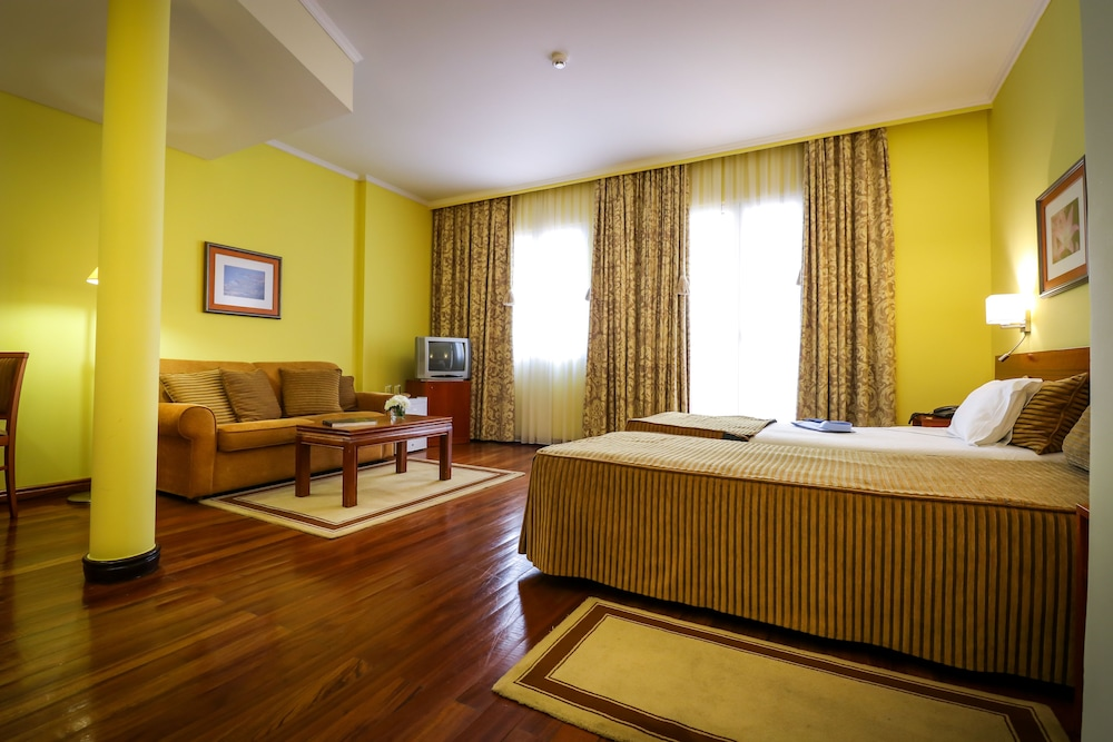 호텔 카모에스(Hotel Camões) Hotel Image 8 - 객실