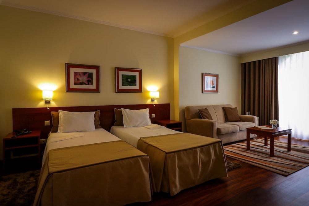 호텔 카모에스(Hotel Camões) Hotel Image 2 - 객실