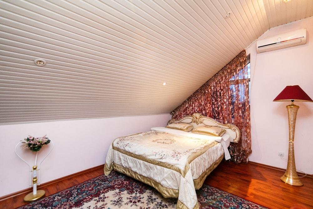 에지오 팰리스 호텔(Ezio Palace Hotel) Hotel Image 8 - Guestroom