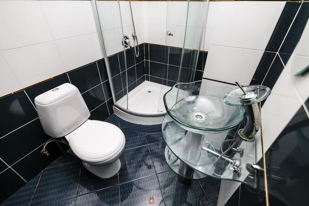 에지오 팰리스 호텔(Ezio Palace Hotel) Hotel Image 24 - Bathroom