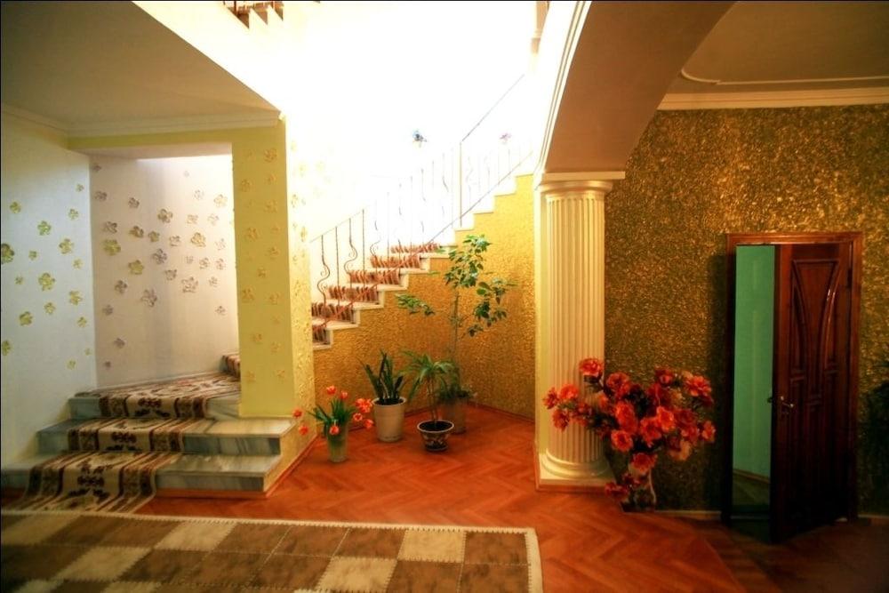 에지오 팰리스 호텔(Ezio Palace Hotel) Hotel Image 31 - Staircase