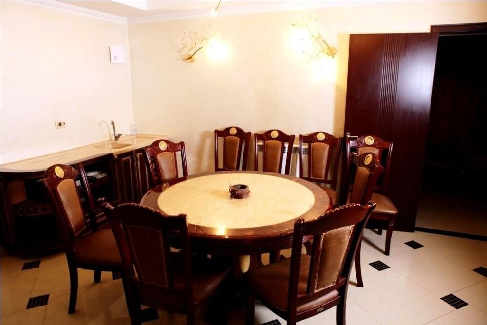 에지오 팰리스 호텔(Ezio Palace Hotel) Hotel Image 32 - Meeting Facility
