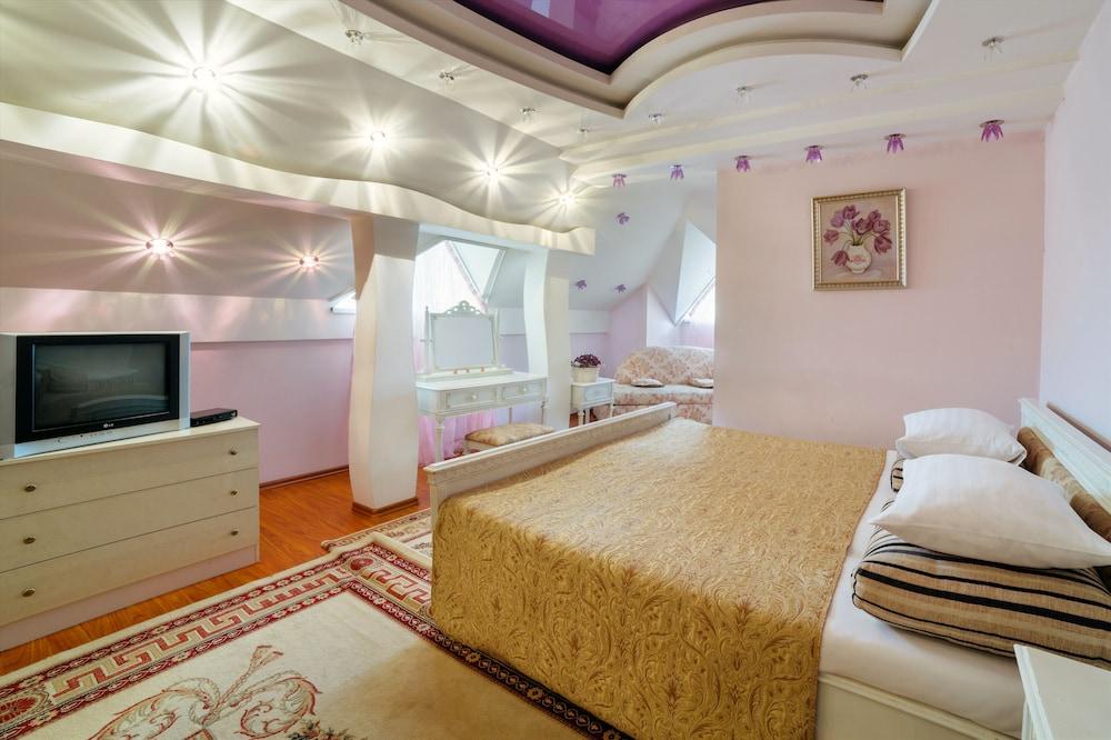에지오 팰리스 호텔(Ezio Palace Hotel) Hotel Image 20 - Guestroom