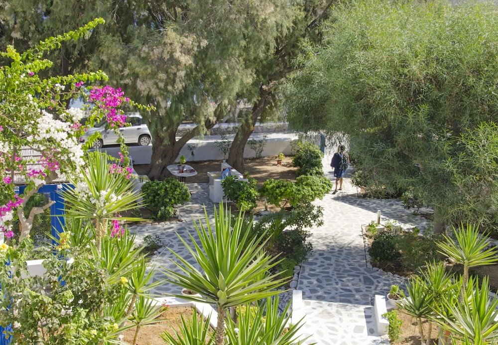 모우러스 스튜디오(Mouras Studios) Hotel Image 43 - Property Grounds