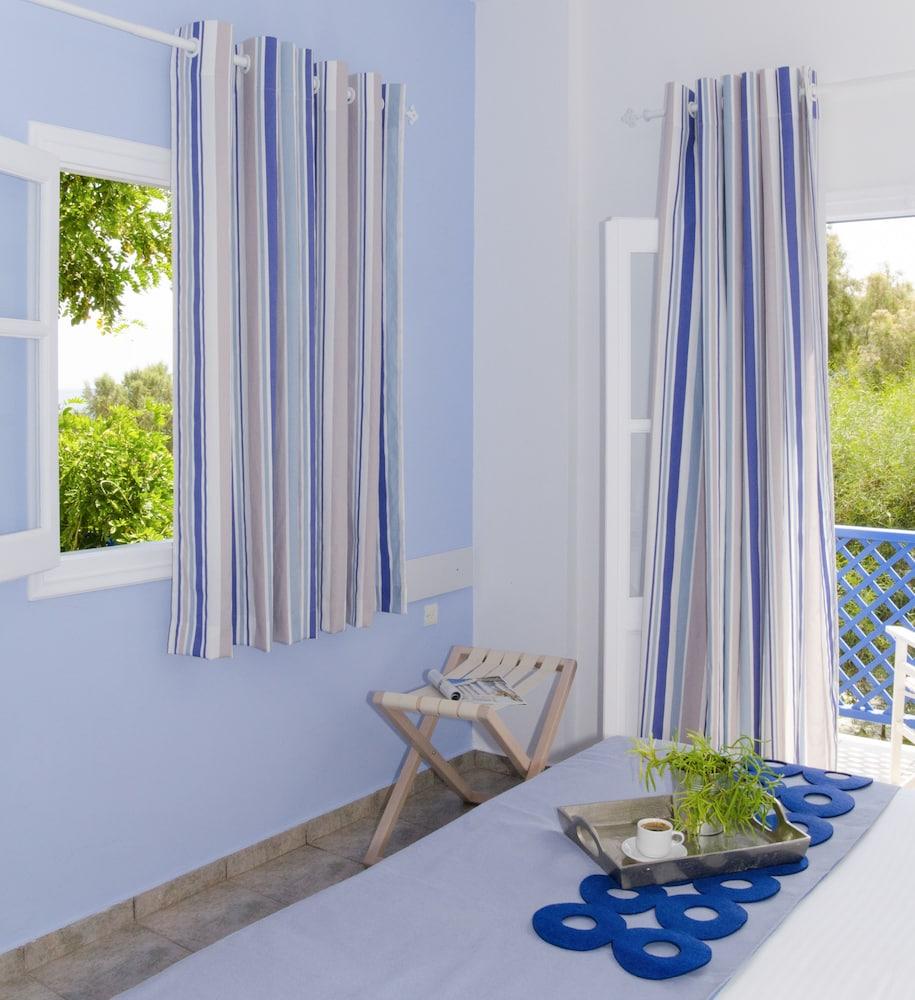 모우러스 스튜디오(Mouras Studios) Hotel Image 6 - Guestroom