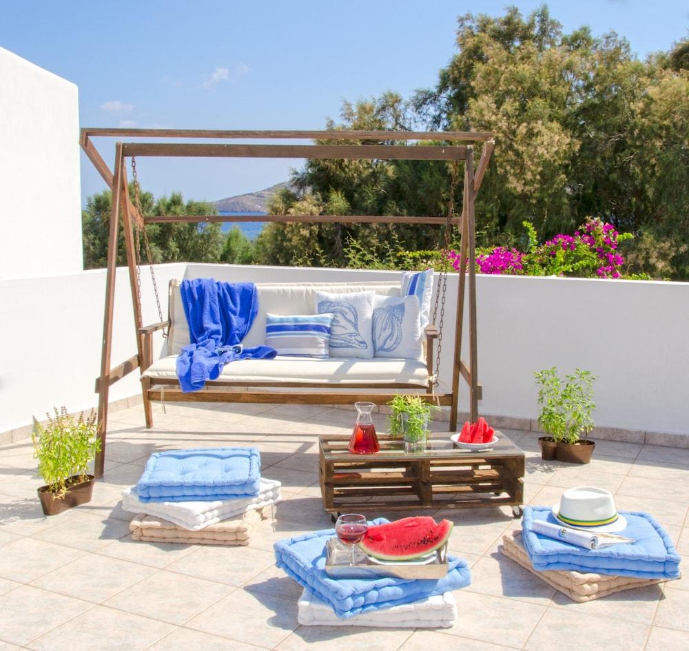 모우러스 스튜디오(Mouras Studios) Hotel Image 25 - Terrace/Patio