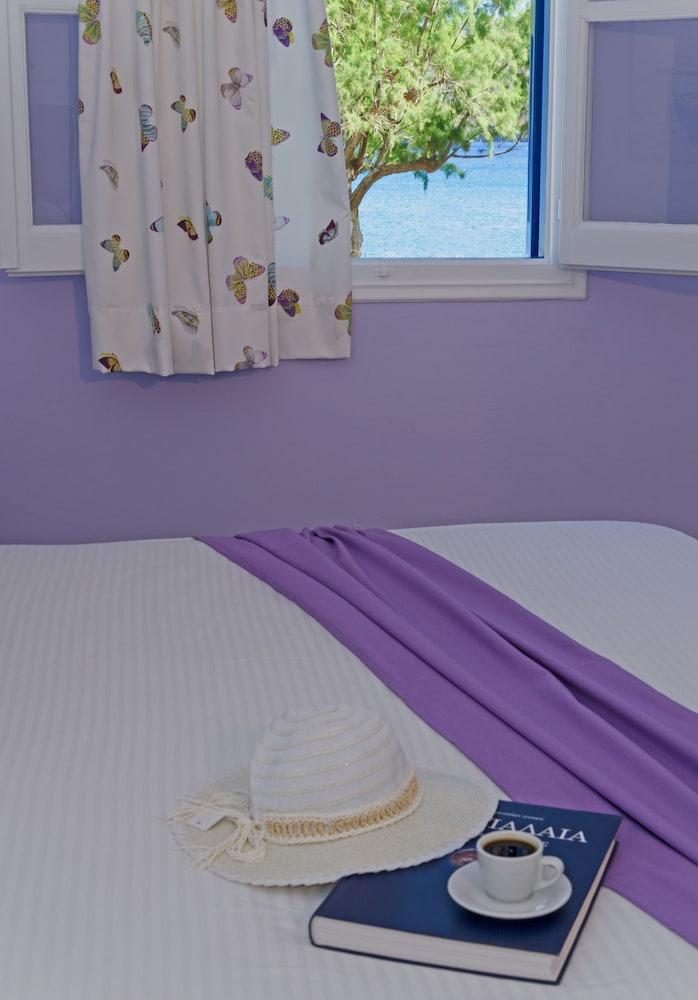 모우러스 스튜디오(Mouras Studios) Hotel Image 11 - Guestroom