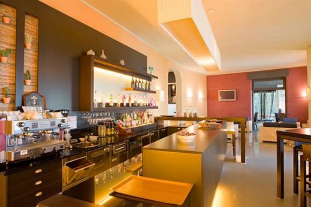 호텔 일 니도(Hotel il Nido) Hotel Image 36 - Hotel Bar