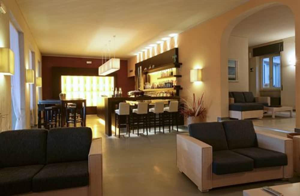호텔 일 니도(Hotel il Nido) Hotel Image 37 - Hotel Bar