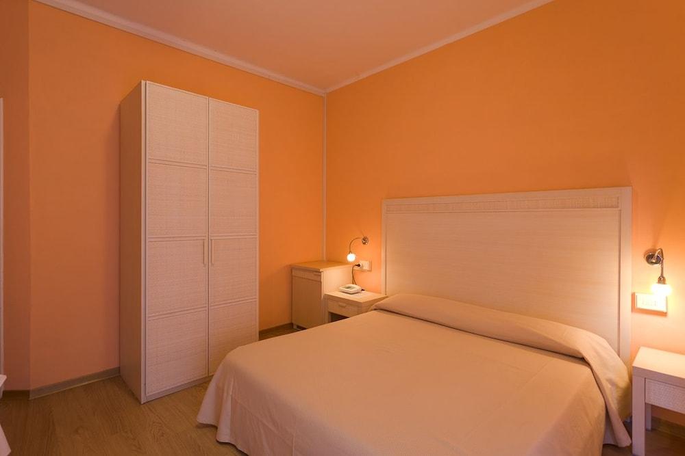 호텔 일 니도(Hotel il Nido) Hotel Image 19 - Guestroom
