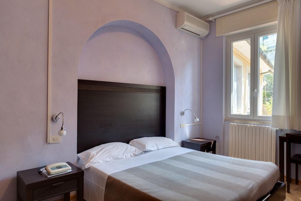 호텔 일 니도(Hotel il Nido) Hotel Image 20 - Guestroom