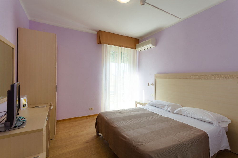 호텔 일 니도(Hotel il Nido) Hotel Image 22 - Guestroom