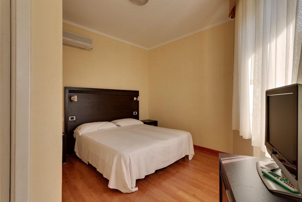 호텔 일 니도(Hotel il Nido) Hotel Image 24 - Guestroom