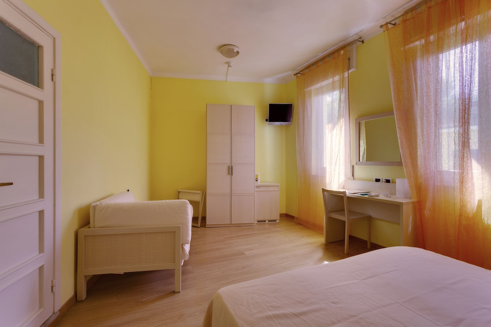 호텔 일 니도(Hotel il Nido) Hotel Image 31 - Guestroom
