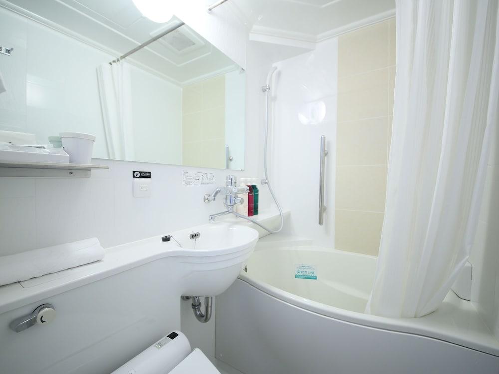 아파 호텔 츠키지에키 미나미(APA Hotel Tsukiji-Eki-Minami) Hotel Image 49 - Bathroom