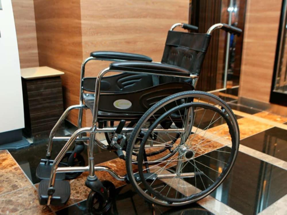 아파 호텔 츠키지에키 미나미(APA Hotel Tsukiji-Eki-Minami) Hotel Image 1 - Lobby