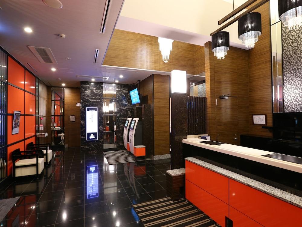 아파 호텔 츠키지에키 미나미(APA Hotel Tsukiji-Eki-Minami) Hotel Image 3 - Lobby