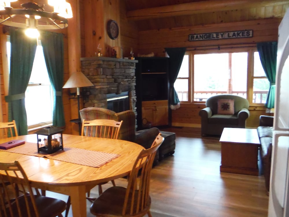 랑글리 레이크 리조트(Rangeley Lake Resort) Hotel Image 24 - Living Area