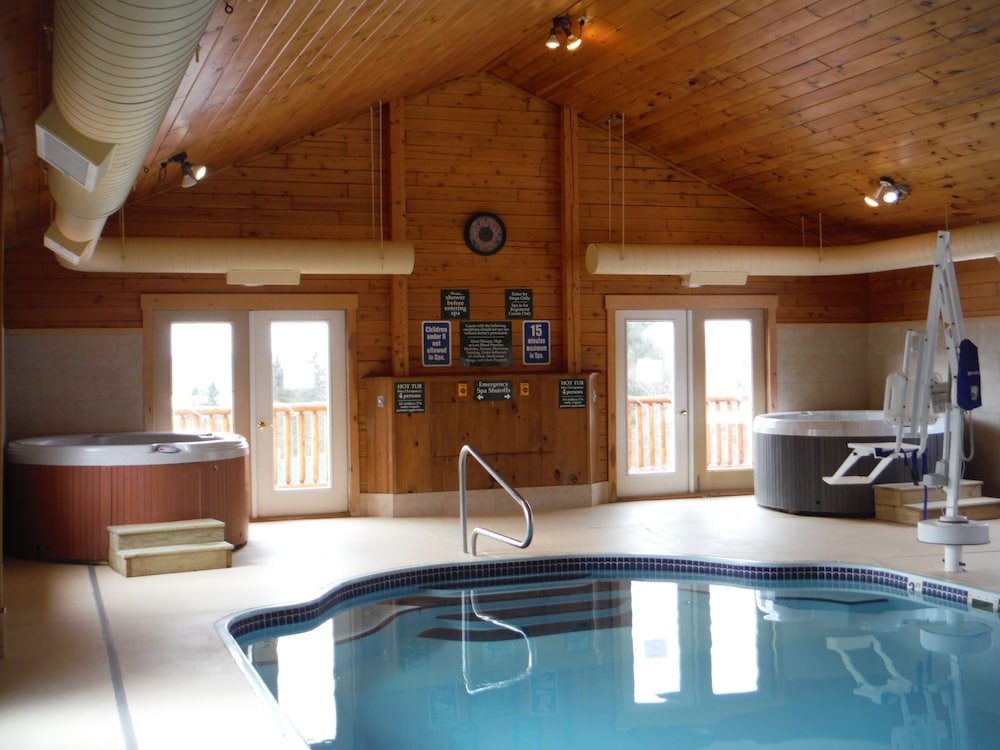 랑글리 레이크 리조트(Rangeley Lake Resort) Hotel Image 79 - Indoor Pool