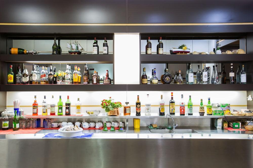 호텔 메디테라네오(Hotel Mediterraneo) Hotel Image 35 - Hotel Lounge