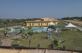 Marina del Marchese Beach Reso..