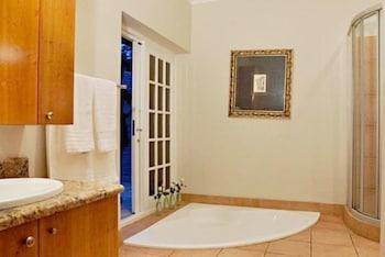 더 웨슬리(The Wesley) Hotel Image 15 - Bathroom Amenities