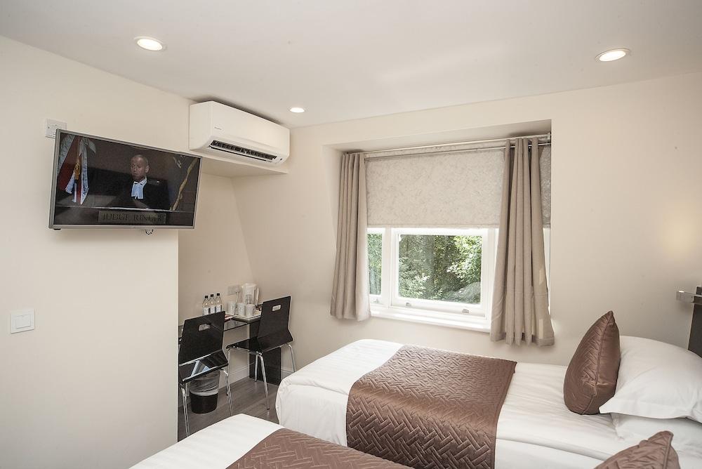 M스테이 러셀 코트 호텔(MStay Russell Court Hotel) Hotel Image 26 - Living Room