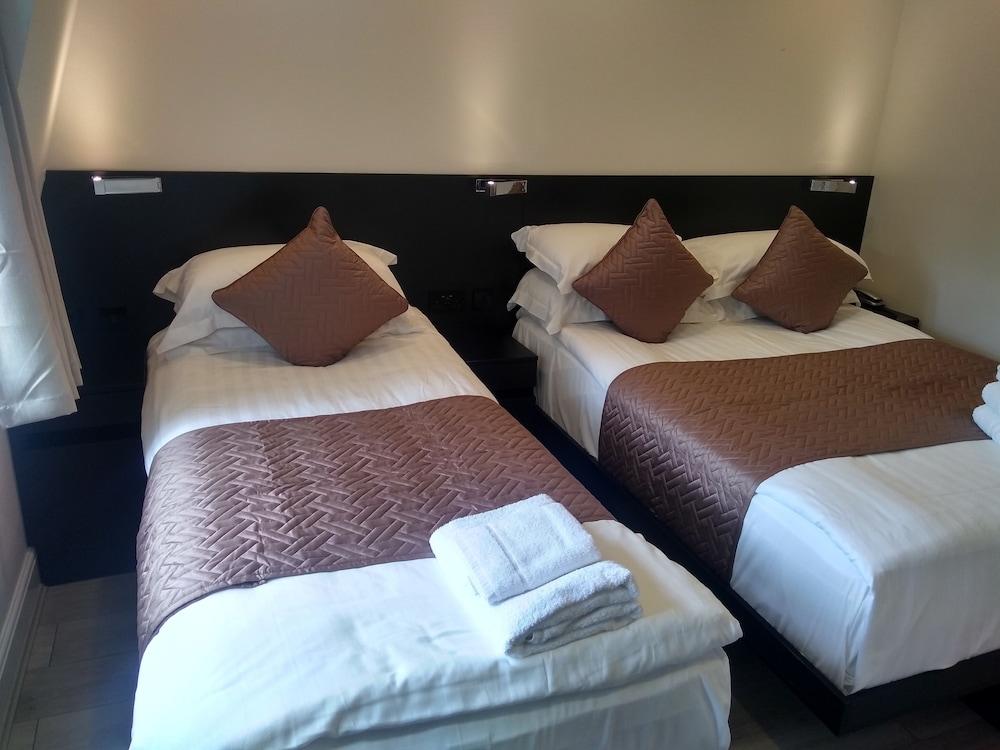 M스테이 러셀 코트 호텔(MStay Russell Court Hotel) Hotel Image 13 - Living Room