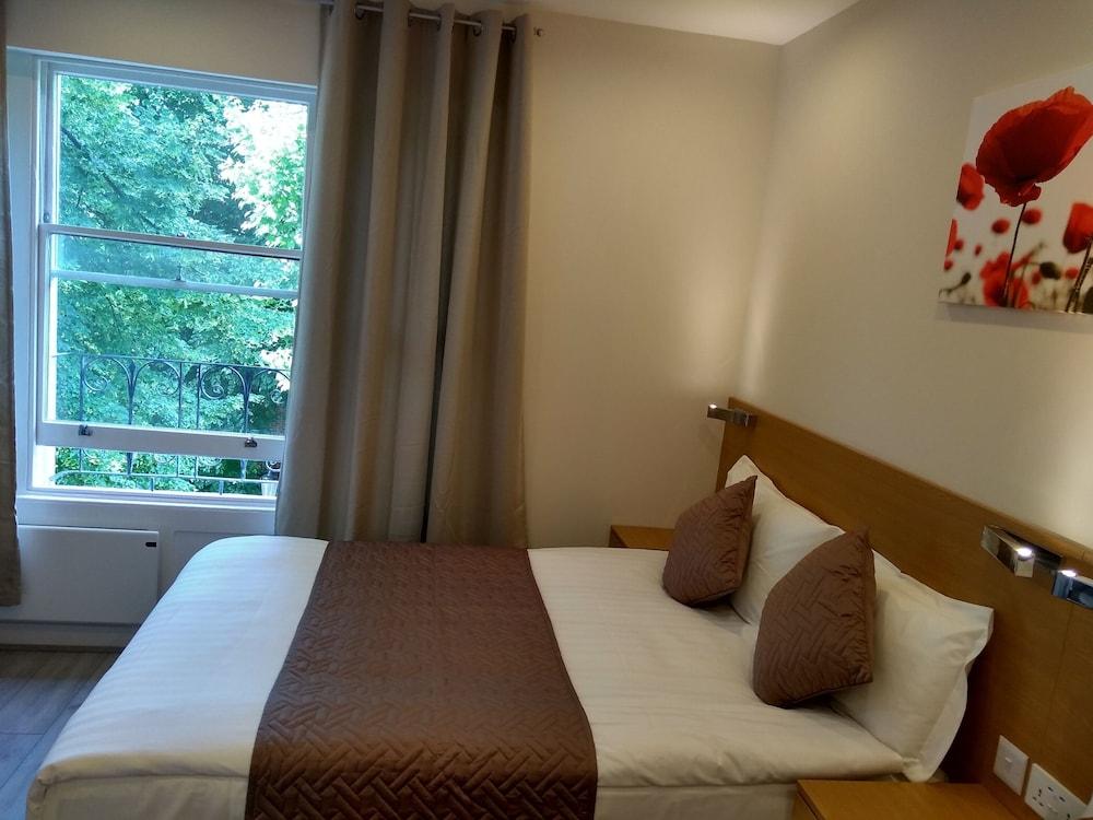 M스테이 러셀 코트 호텔(MStay Russell Court Hotel) Hotel Image 14 - Living Room