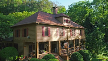 Hotel - Beechwood Inn - Bed Breakfast and Wine Cellar