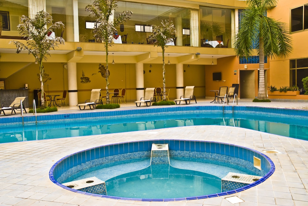 미라지 로열 호텔(Mirage Royale Hotel) Hotel Image 2 - Pool