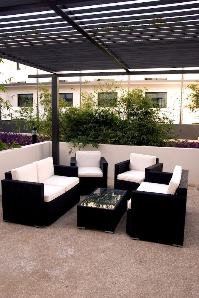 오노모 호텔 다카르(Onomo Hotel Dakar) Hotel Image 35 - Terrace/Patio