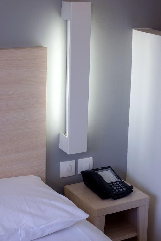오노모 호텔 다카르(Onomo Hotel Dakar) Hotel Image 6 - Guestroom