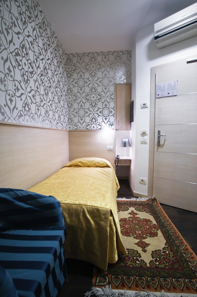 호텔 아피아 442(Hotel Appia 442) Hotel Image 12 - Guestroom