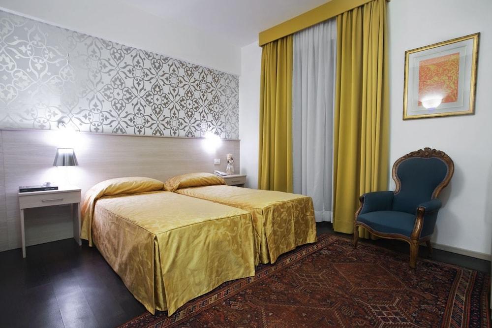호텔 아피아 442(Hotel Appia 442) Hotel Image 11 - Guestroom