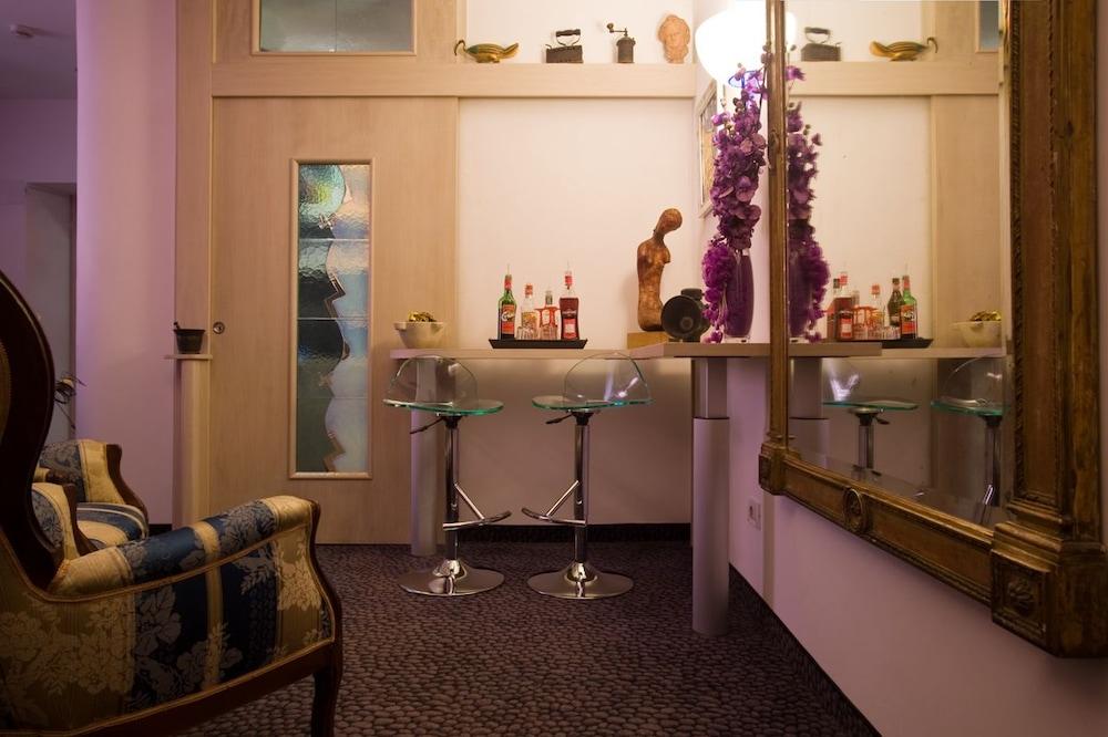 호텔 아피아 442(Hotel Appia 442) Hotel Image 35 - Hotel Lounge