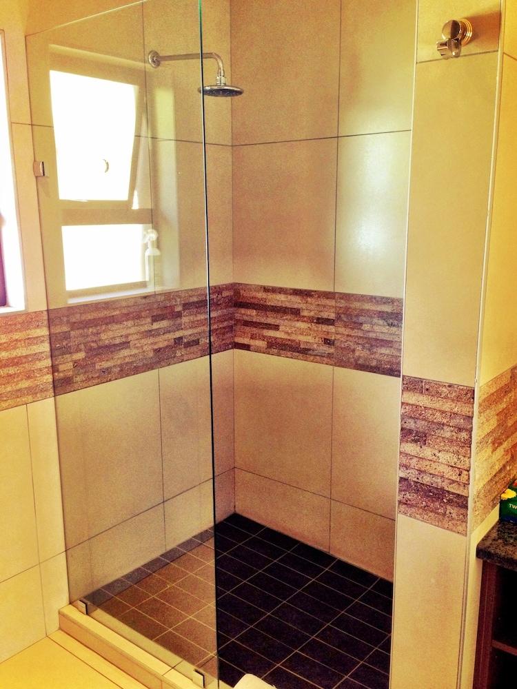 필그림스 딜라이트(Pilgrims Delight) Hotel Image 18 - Bathroom