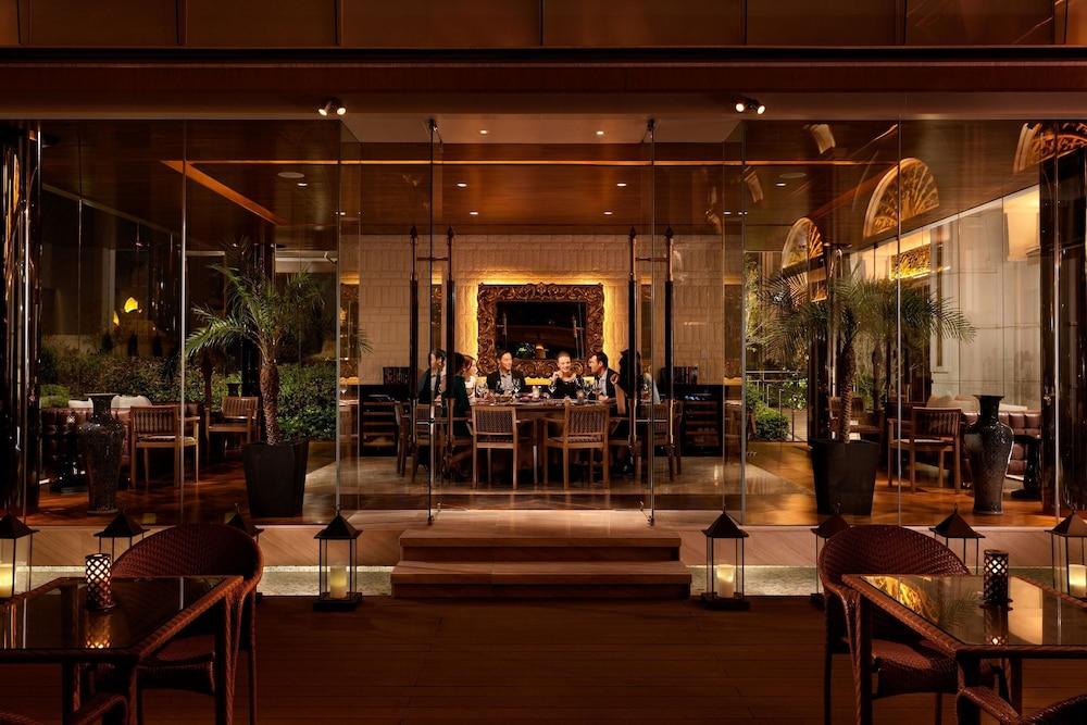 갤럭시 호텔(Galaxy Hotel) Hotel Image 40 - Restaurant